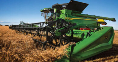 CES honors John Deere for X Series combines in Robotics category