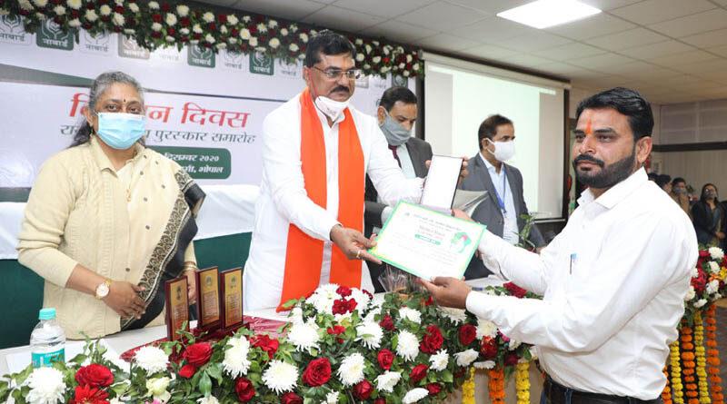 Farmer also deserves equal respect for jawans - Minister Shri Patel